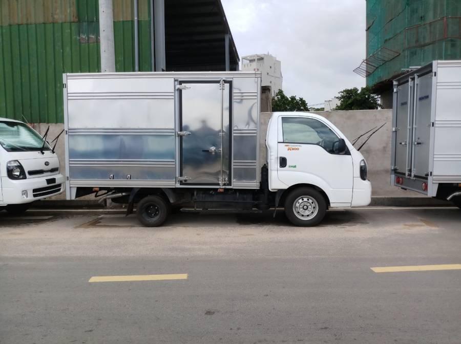 Bán xe tải Kia Frontier K200 sản xuất năm 2019, màu trắng, 1 tấn, thùng kín (5)