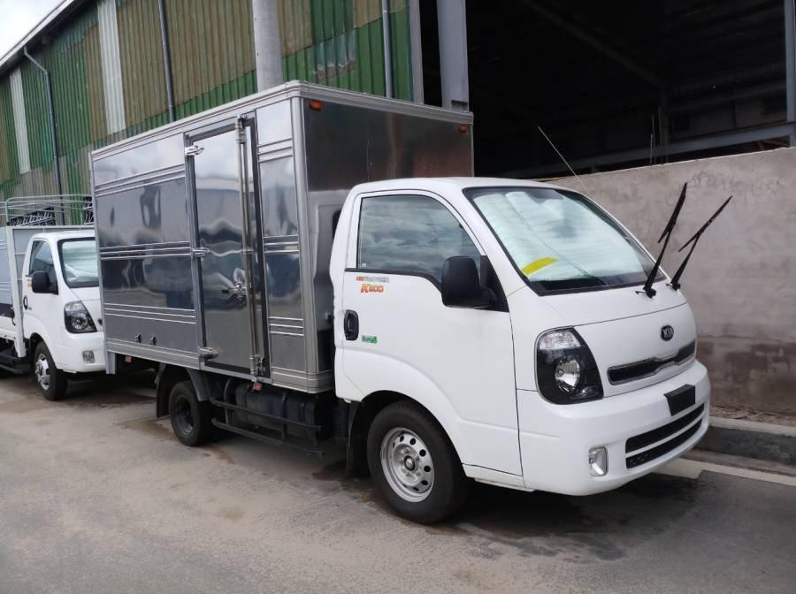 Bán xe tải Kia Frontier K200 sản xuất năm 2019, màu trắng, 1 tấn, thùng kín (1)