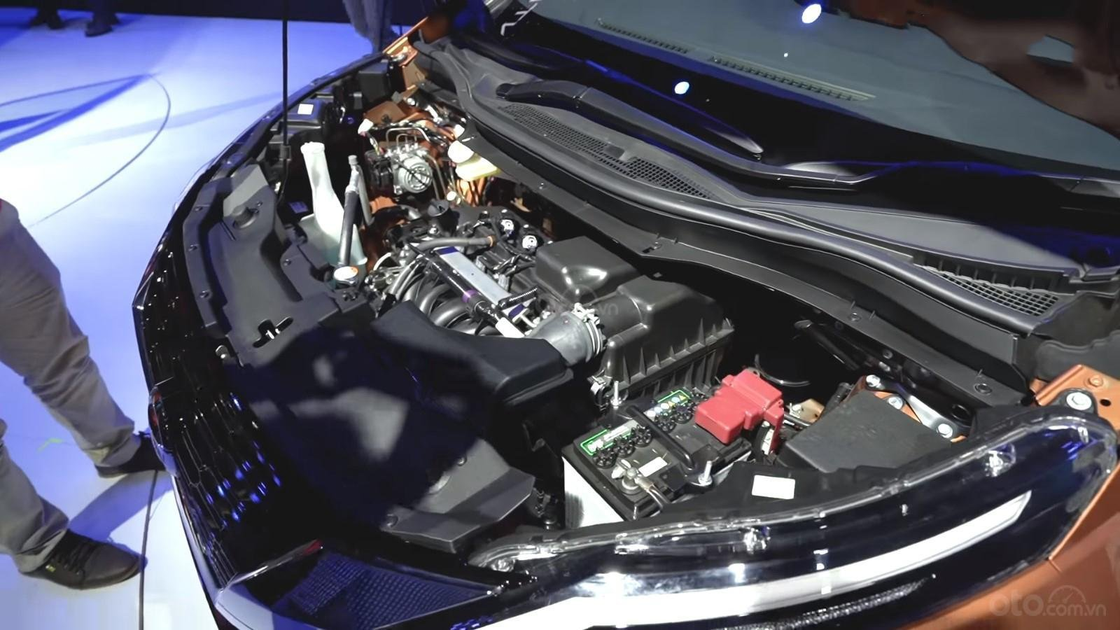 Động cơ Nissan Grand Livina