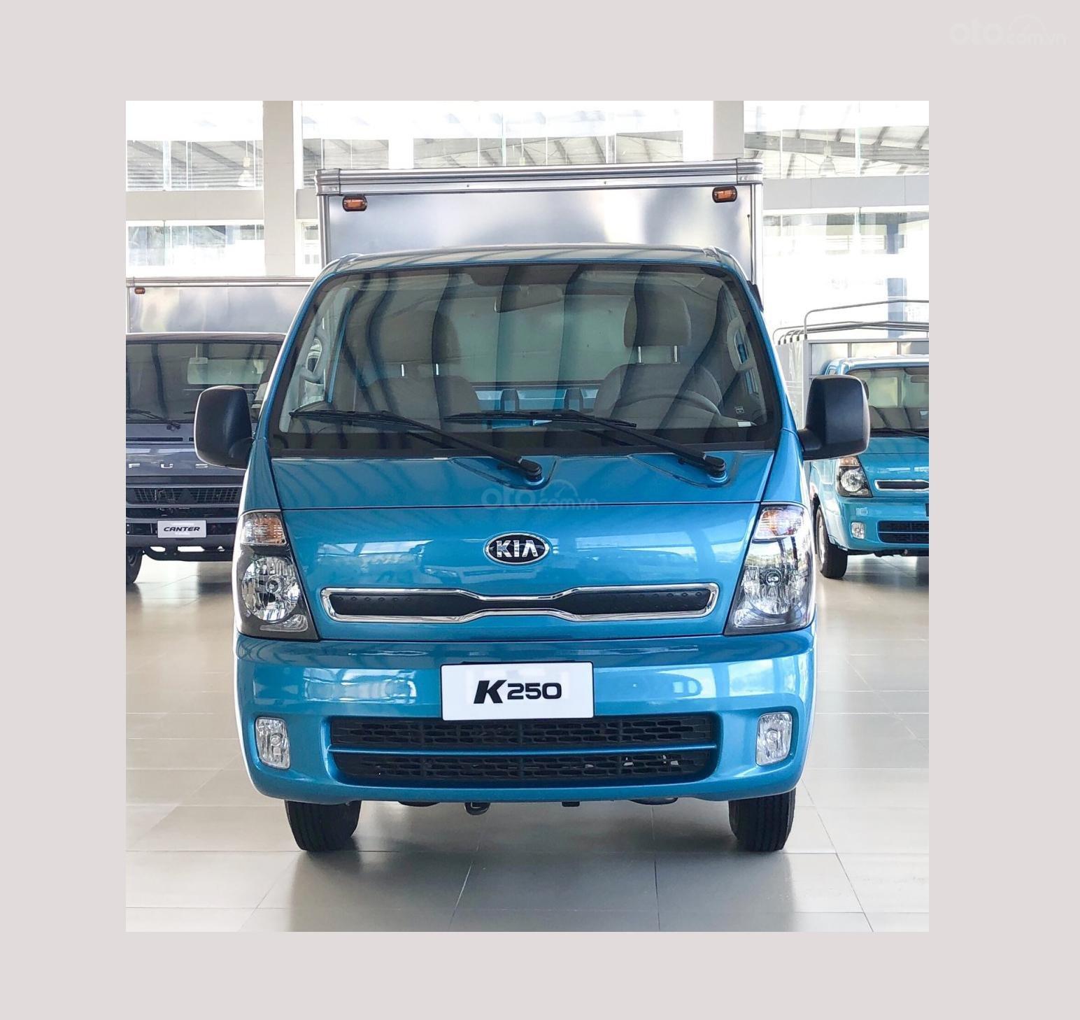 Xe tải Kia K250, 2.49 tấn, máy Hyundai, góp 75%, xe mới có sẵn (2)