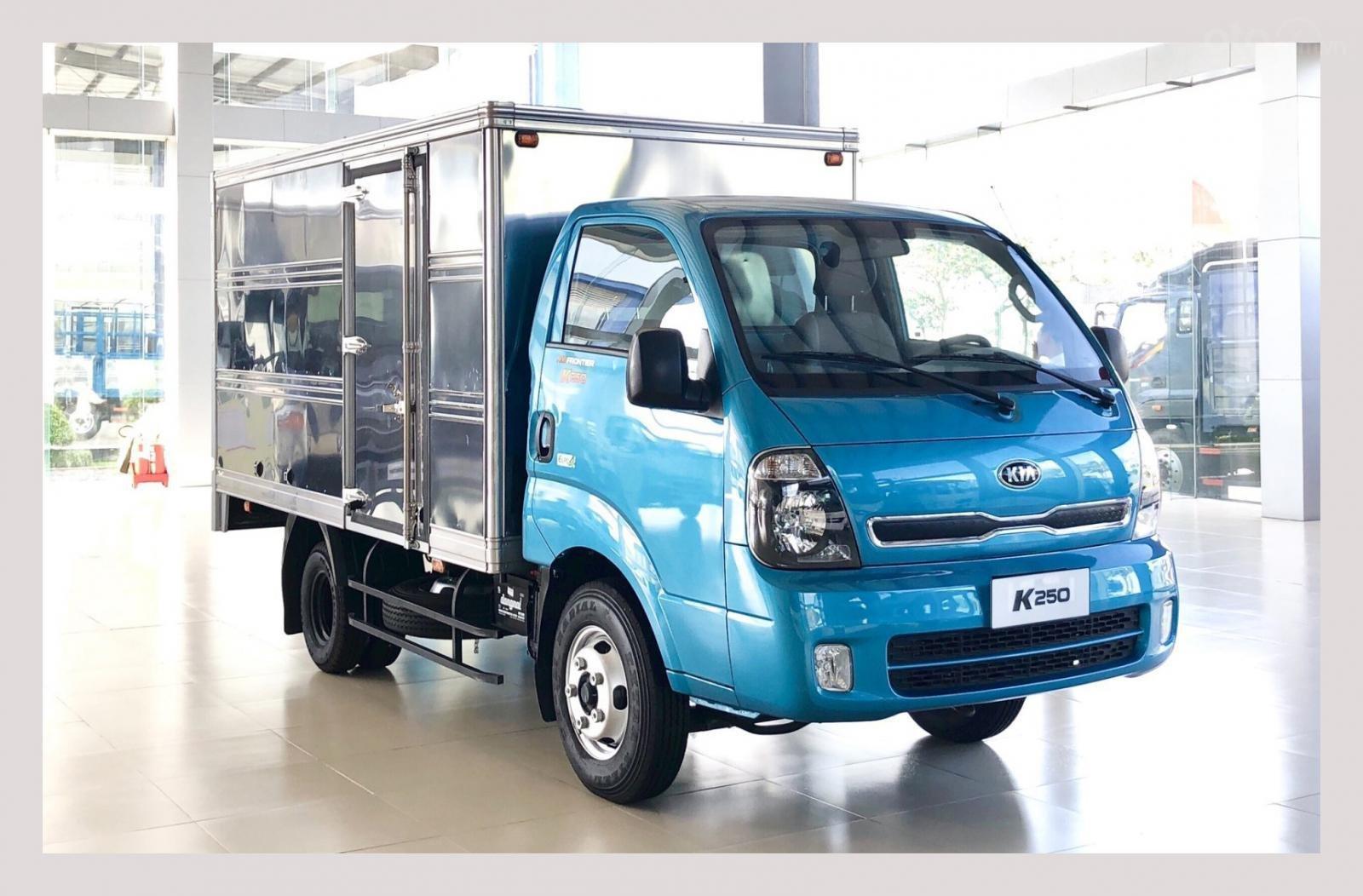 Xe tải Kia K250, 2.49 tấn, máy Hyundai, góp 75%, xe mới có sẵn (8)