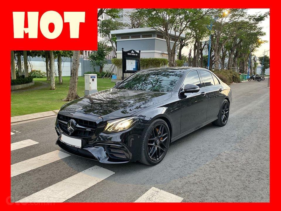 MBA Auto - Bán xe Mercedes E300 AMG nhập khẩu màu đen nhập khẩu model 2018 - Trả trước 800 triệu nhận xe ngay (1)