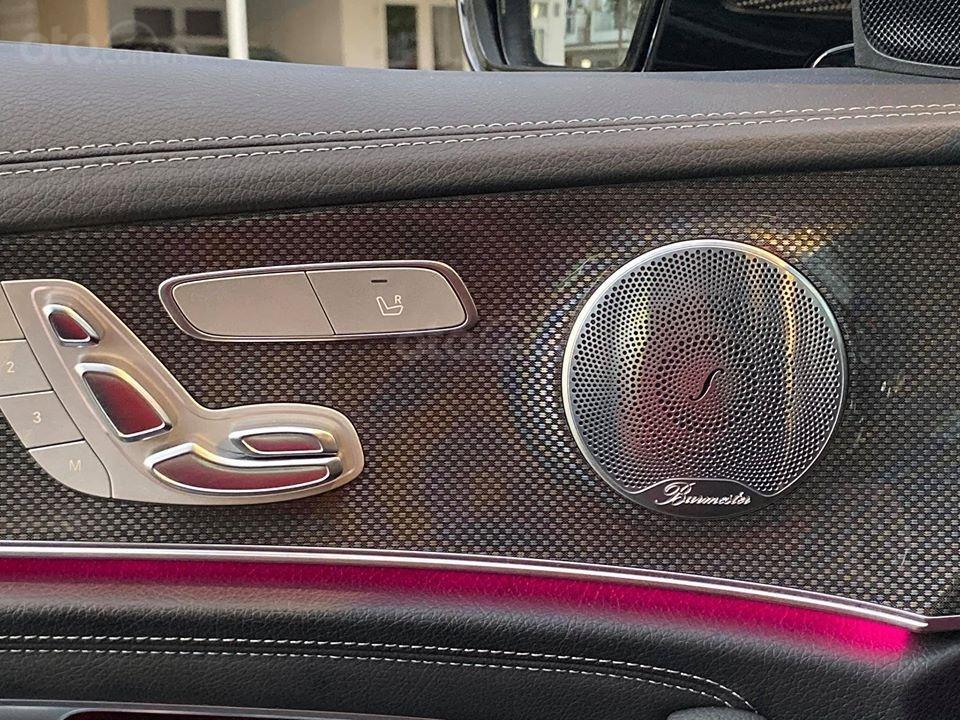 MBA Auto - Bán xe Mercedes E300 AMG nhập khẩu màu đen nhập khẩu model 2018 - Trả trước 800 triệu nhận xe ngay (13)