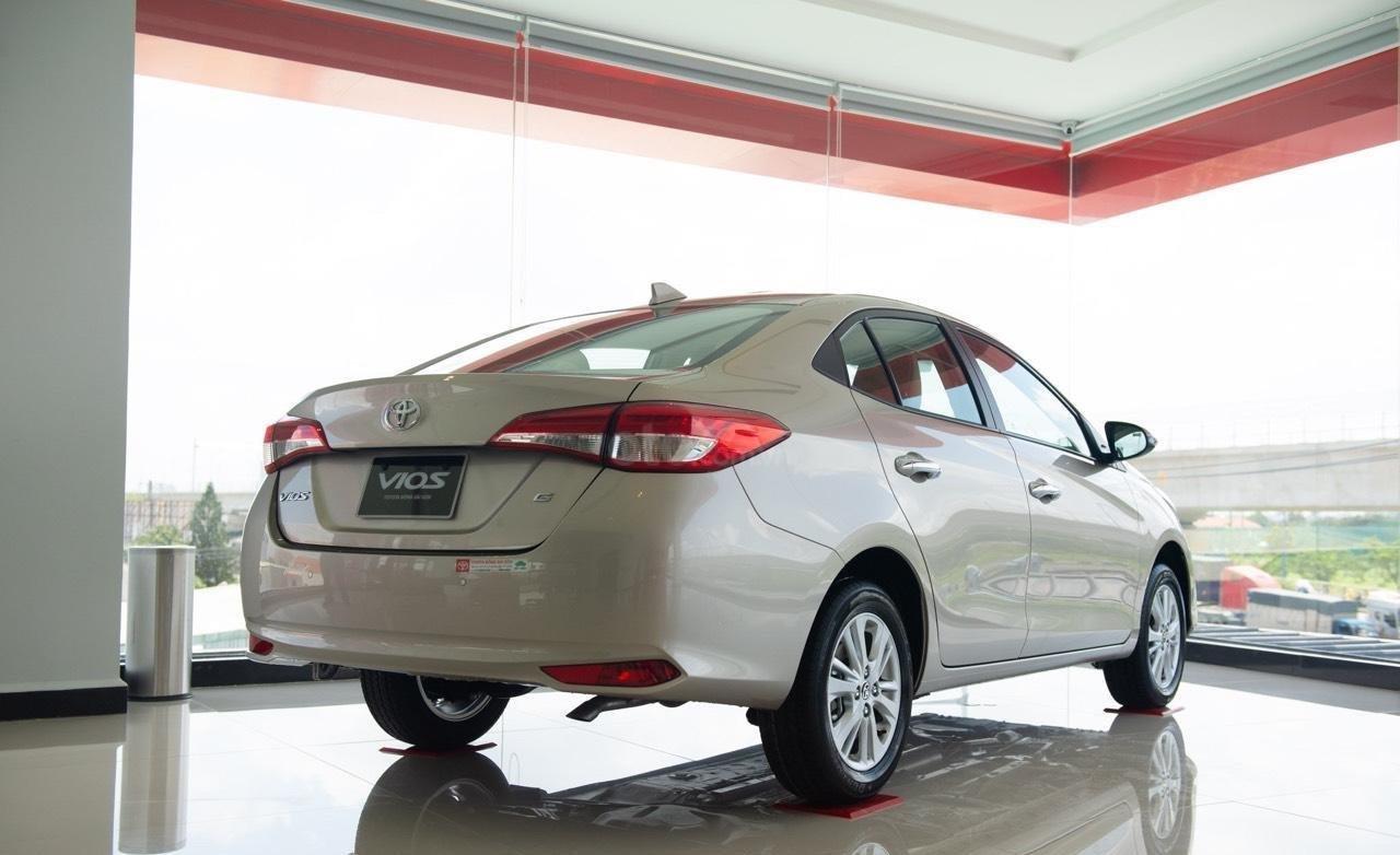 Toyota Vios 2019 mới giá tốt, mua trả góp lãi suất 0% 165 triệu, giao xe ngay tất cả các tỉnh (5)