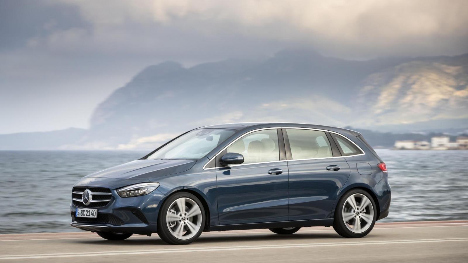 Đánh giá xe Mercedes-Benz B-Class 2020 về thân xe: chính diện thân xe