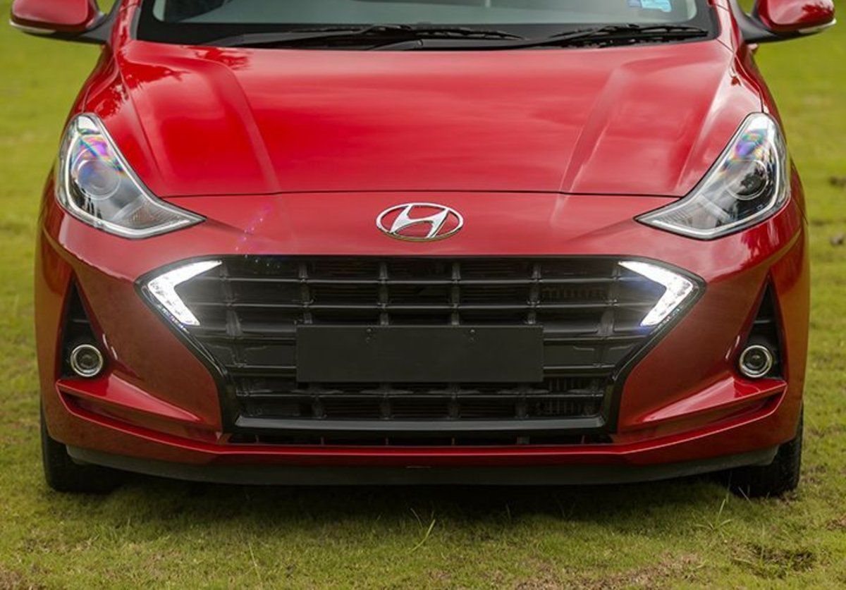 Đánh giá xe Hyundai Grand i10 2020 về đầu xe