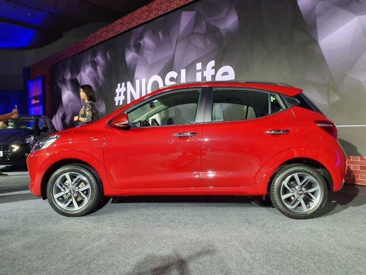 Đánh giá xe Hyundai Grand i10 2020 - Sống động