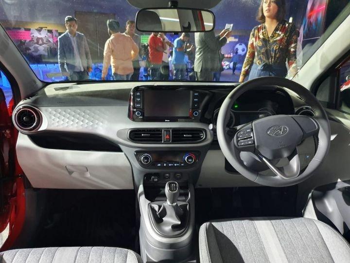 Đánh giá xe Hyundai Grand i10 2020 - Bố trí hợp lý