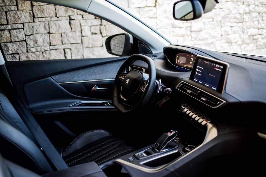 Cần bán Peugeot 5008 đời 2019, màu xám, giá ưu đãi (11)