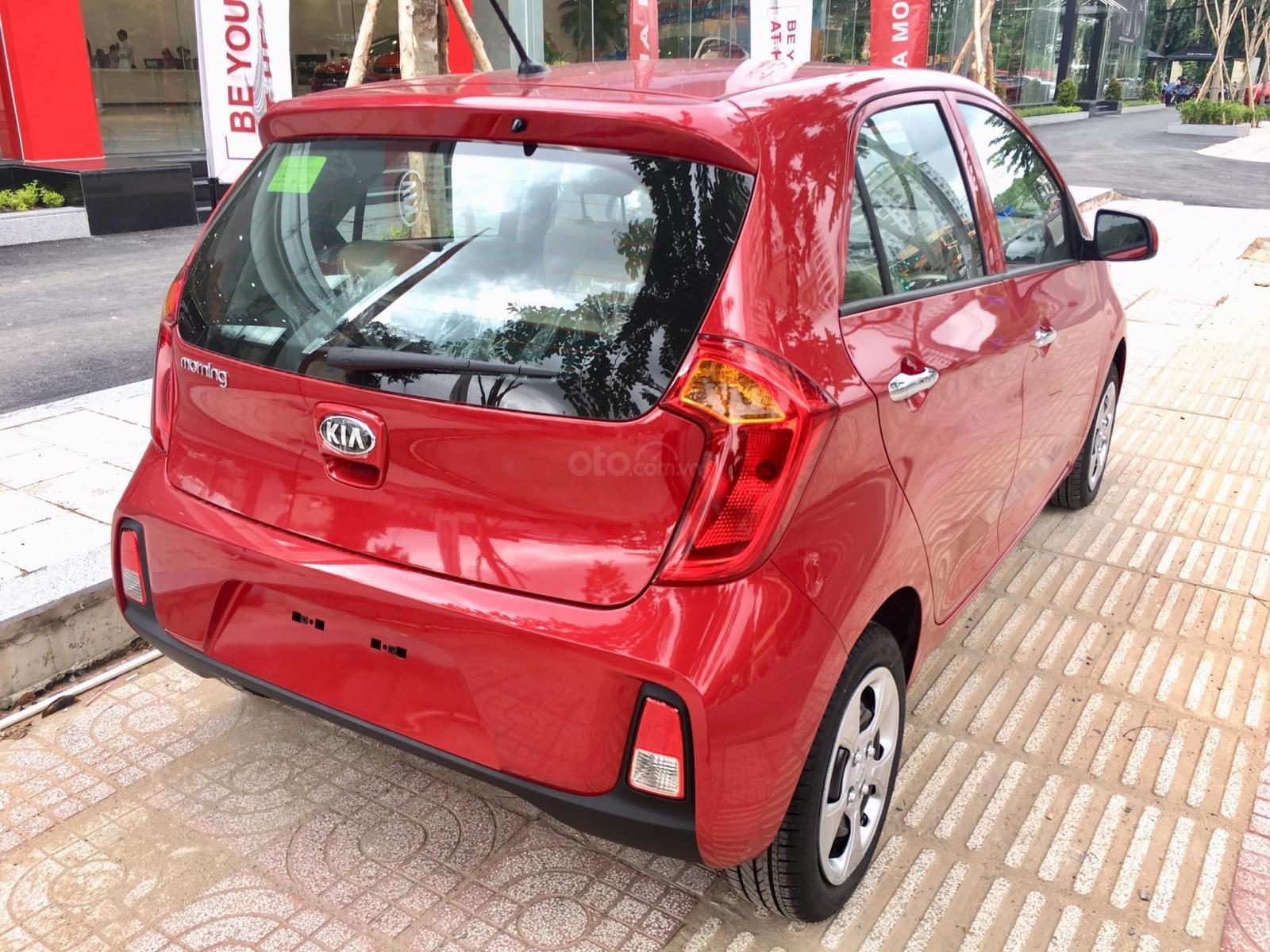 Kia Morning AT giá rẻ nhất chỉ 329tr, giảm giá, tặng miễn phí BD 20.000km + phụ kiện, đưa trước 20% lấy xe (2)