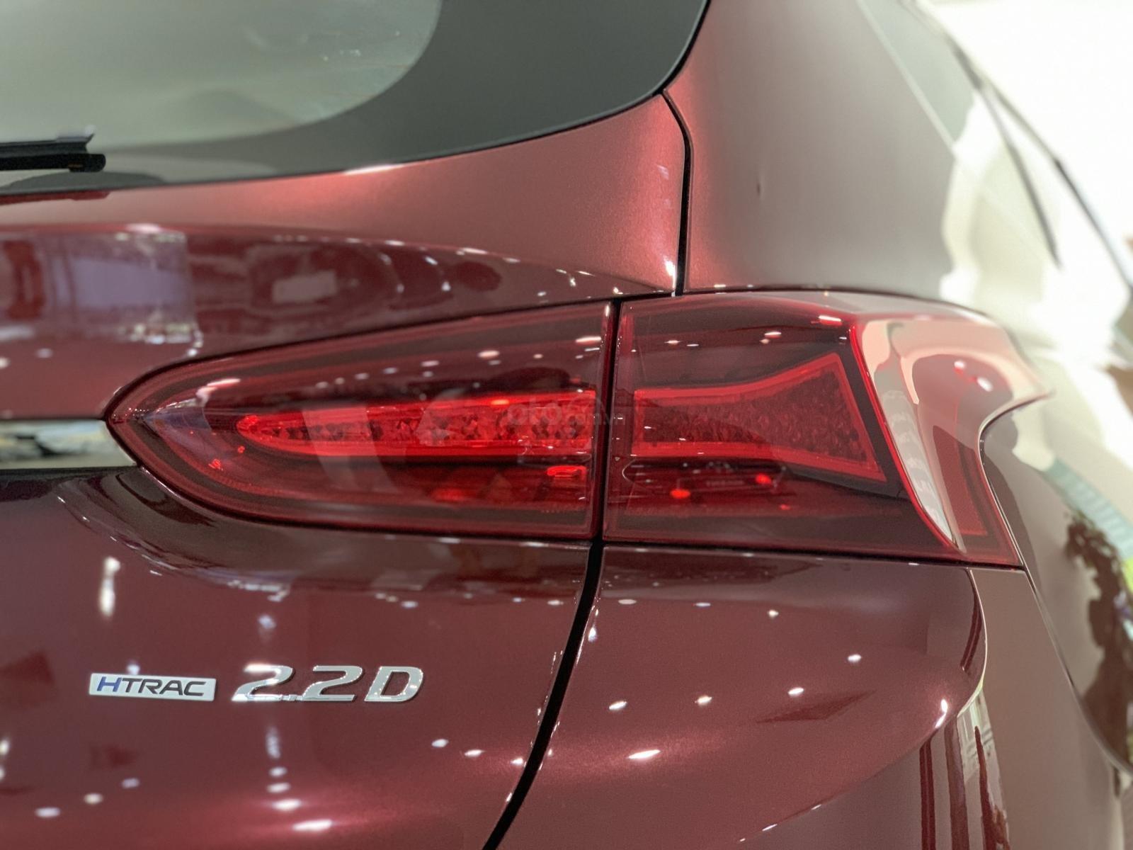 Hyundai Santafe bản đặc biệt nhiều ưu đãi hấp dẫn, khuyến mãi ngập tràn (7)