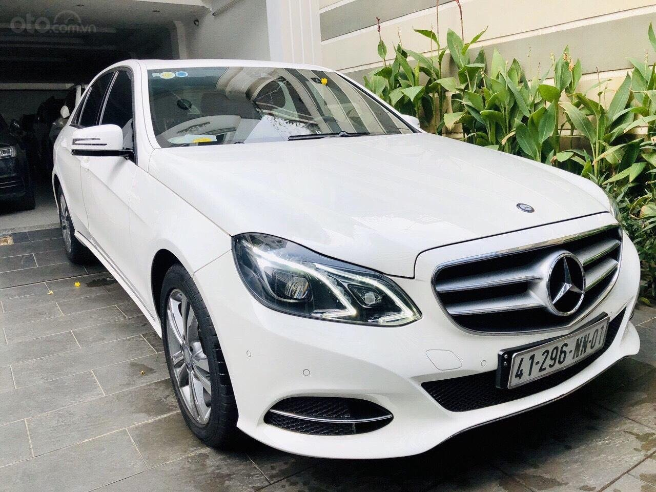Bán E250 sản xuất 2014 xe trắng nội thất nâu hàng hiếm đi đúng 24.000km xe đẹp, BHVC đến 2020 bao kiểm tra hãng (1)