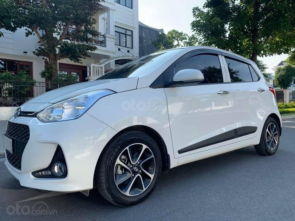 Bán xe Hyundai Grand i10 1.2 sản xuất 2018, màu trắng - Liên hệ 0979536168 (3)