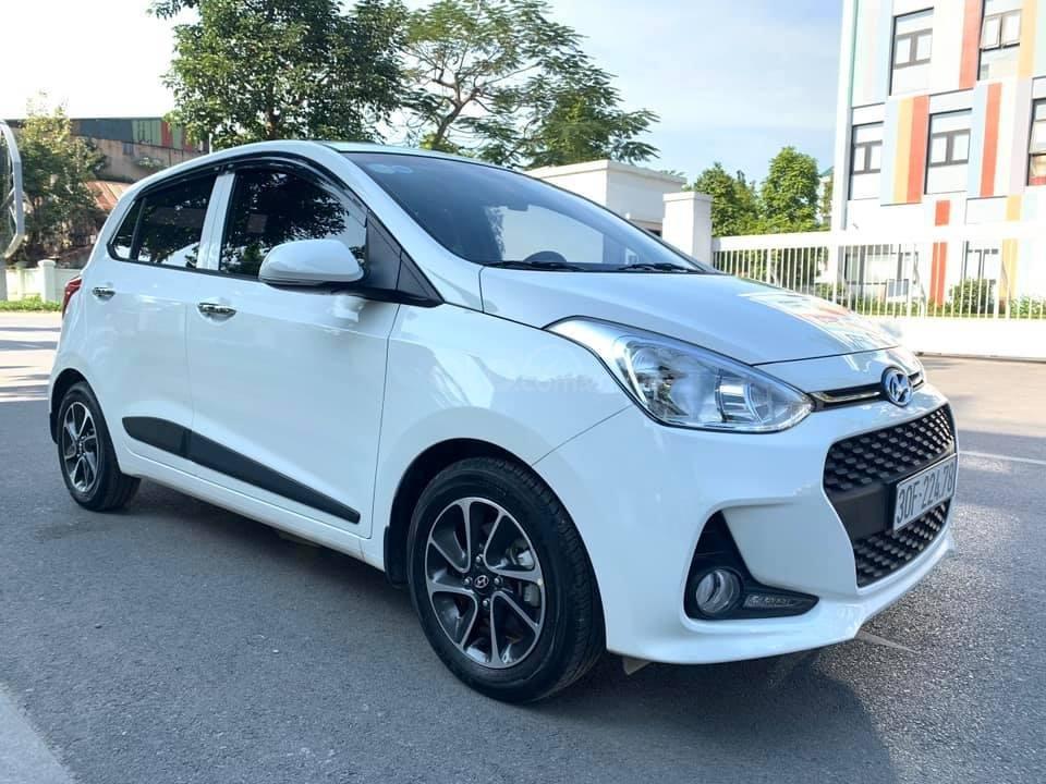 Bán xe Hyundai Grand i10 1.2 sản xuất 2018, màu trắng - Liên hệ 0979536168 (2)