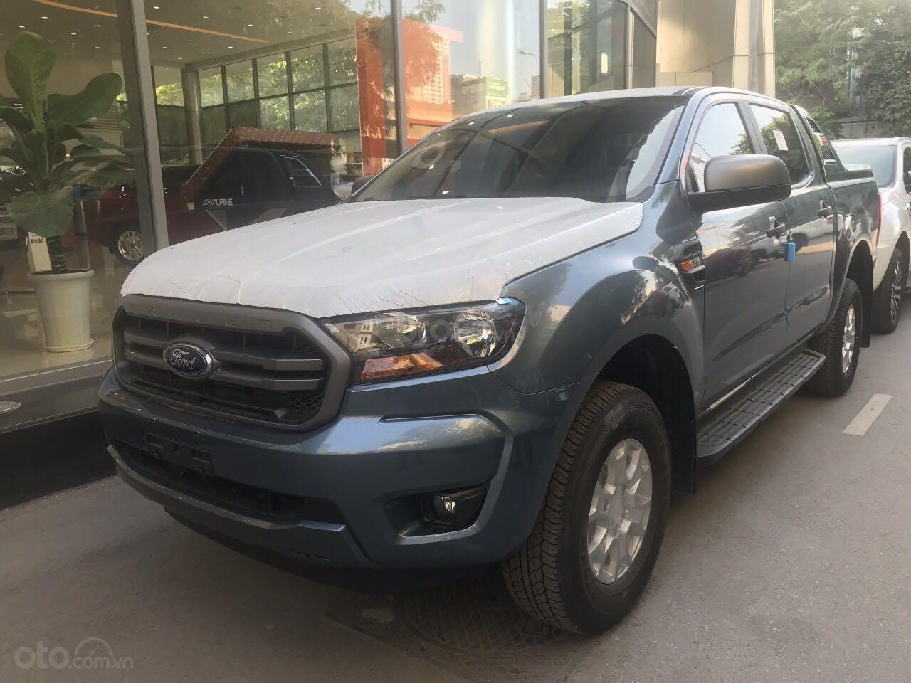 Chỉ với 150 triệu đồng bạn đã là chủ sở hữu chiếc xe bán tải XLS AT 2019 với giá bán 643 triệu, liên hệ 0978664524 (1)