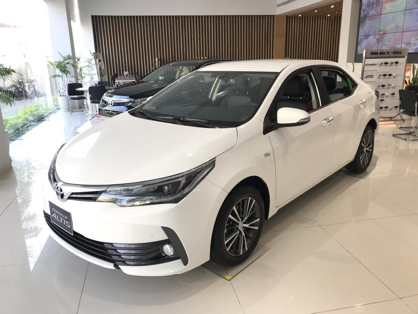 Khuyến mãi Toyota tháng 1/2020: Altis, Innova, Fortuner nhận quà tặng hấp dẫn 3a