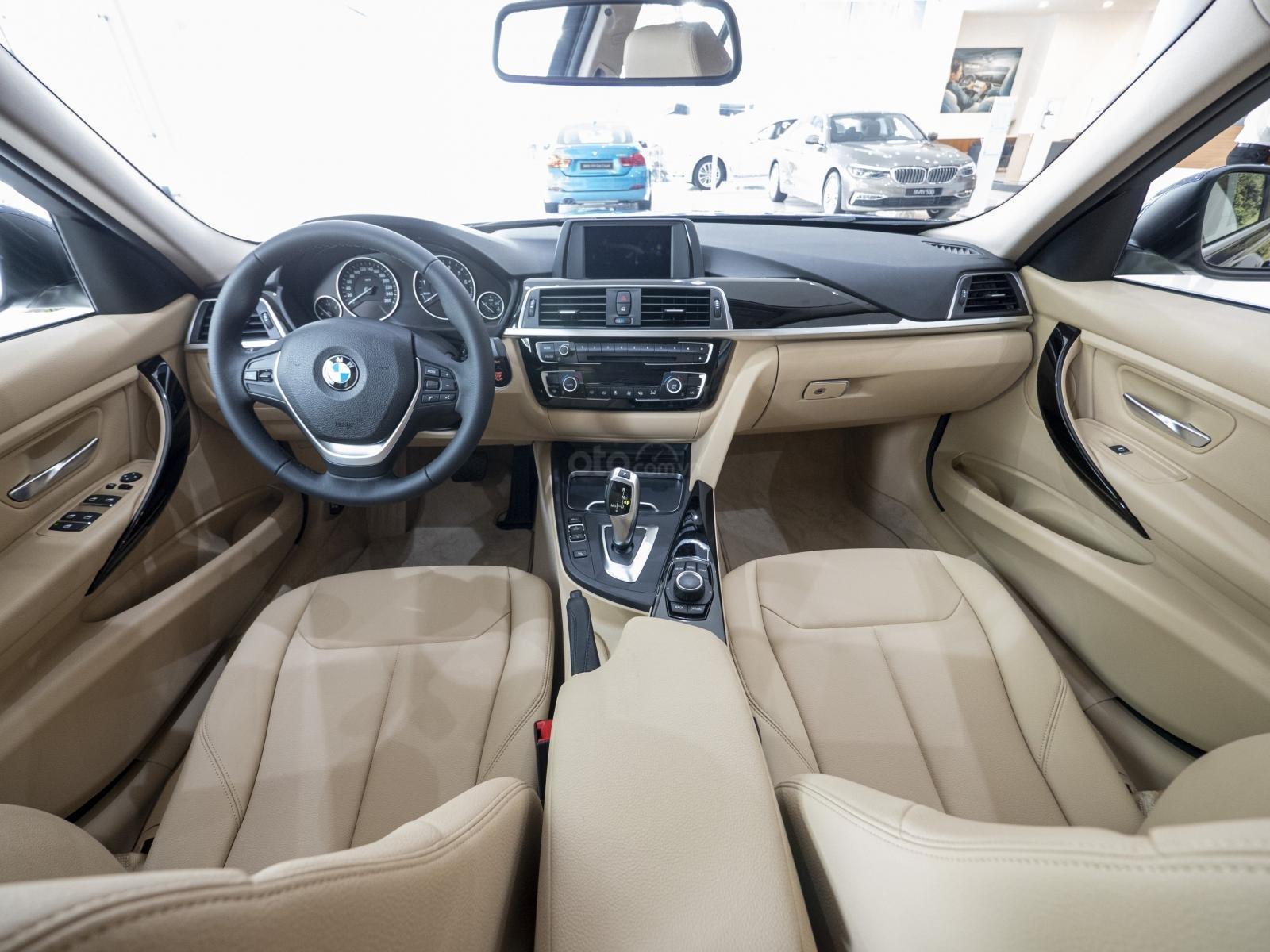 Thông số kỹ thuật xe BMW 320i 2020 a3