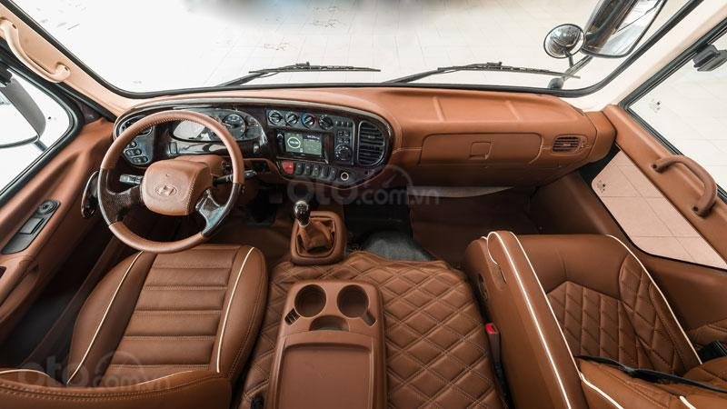 Bán nhanh xe mẫu Hyundai County 16 ghế Limousine vip, nội thất cao cấp, giá siêu hấp dẫn - trả trước 25% nhận xe (6)