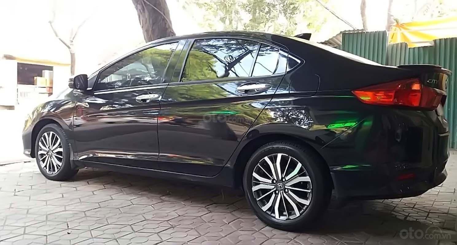 Cần bán Honda City 1.5top sản xuất 2018, màu đen chính chủ (1)
