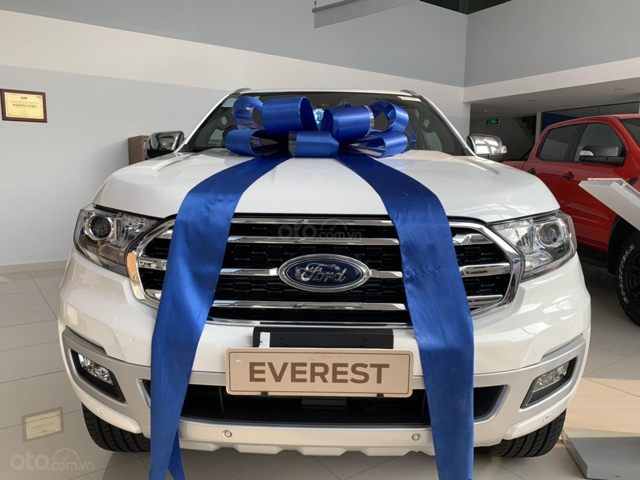 Ford Everest giảm giá 120 triệu, tặng BHVC, phim cách nhiệt, lót sàn, LH: 0388.145.415 (2)