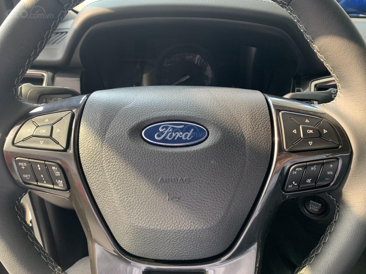 Ford Everest giảm giá 120 triệu, tặng BHVC, phim cách nhiệt, lót sàn, LH: 0388.145.415 (6)