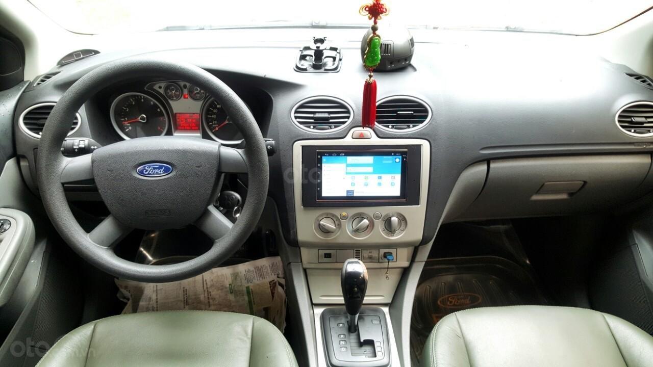 Cần bán xe Ford Focus sản xuất 2011, màu bạc, giá chỉ 308 triệu (8)