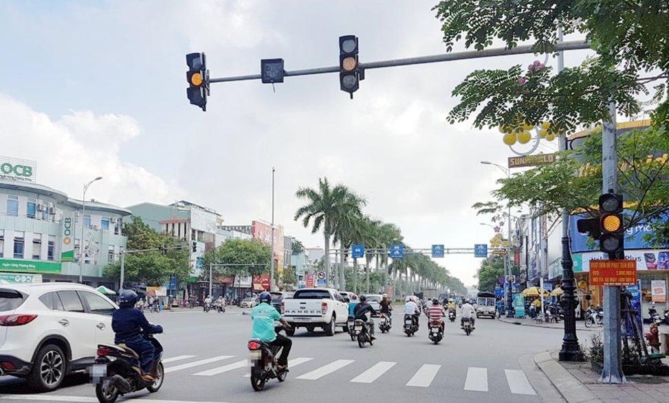 Chấp hành đúng quy định giảm tốc độ lưu thông để đảm bảo an toàn và không mất tiền nộp phạt.