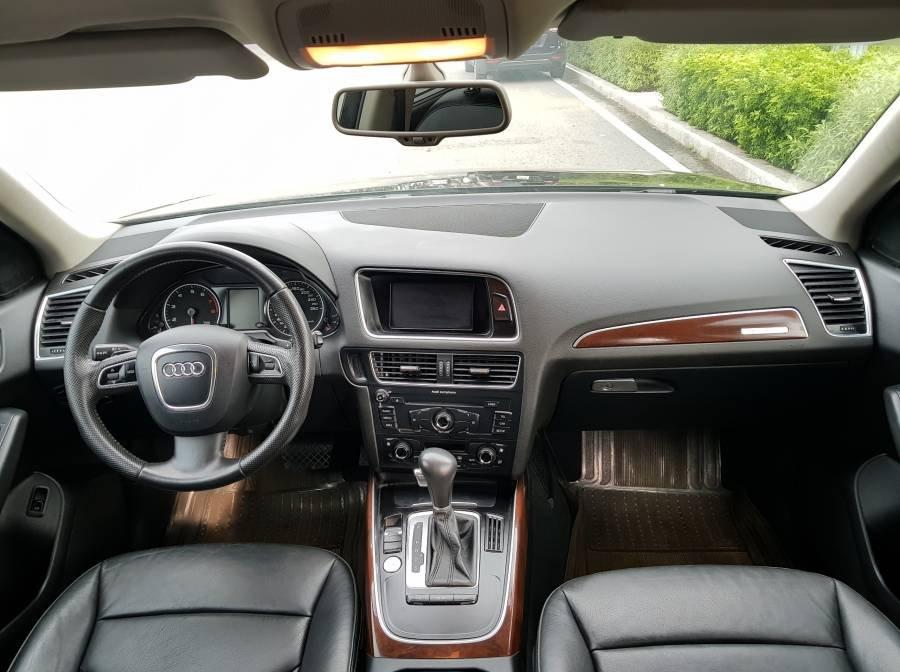 Cần bán gấp Audi Q5 2.0 đời 2012, màu đen, nhập khẩu, 945 triệu (3)