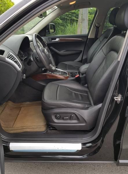 Cần bán gấp Audi Q5 2.0 đời 2012, màu đen, nhập khẩu, 945 triệu (8)