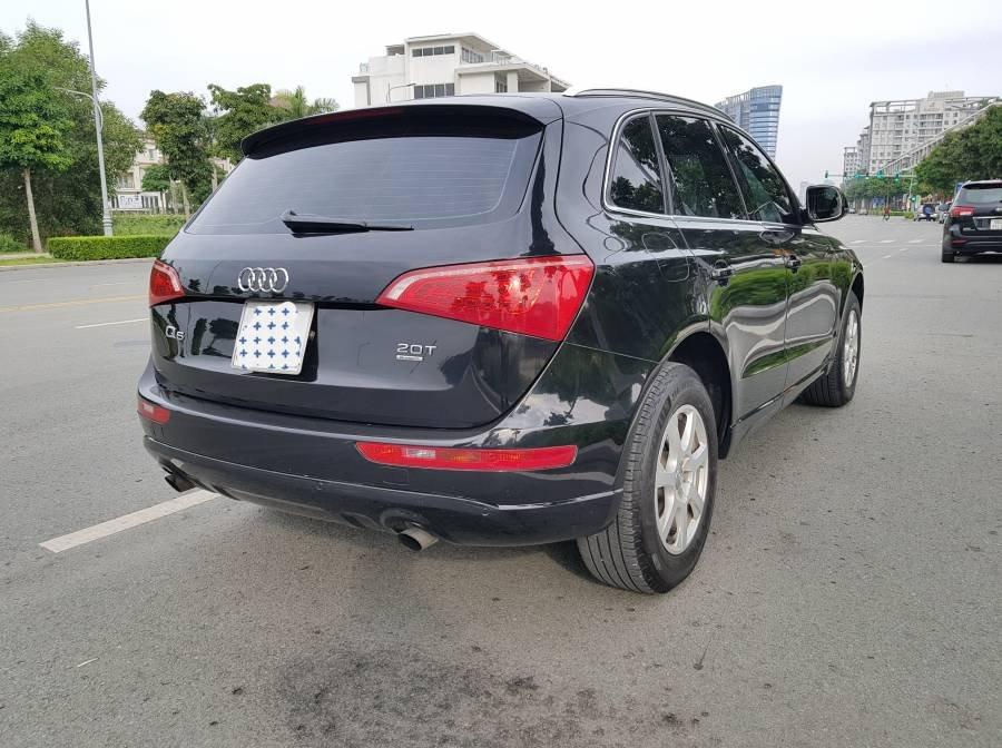 Cần bán gấp Audi Q5 2.0 đời 2012, màu đen, nhập khẩu, 945 triệu (4)