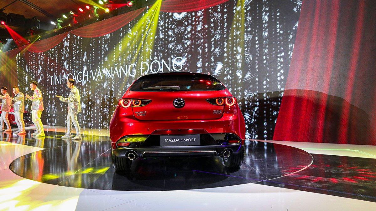 So sánh qua ảnh xe Mazda 3 Sport 2020 và đời cũ a13