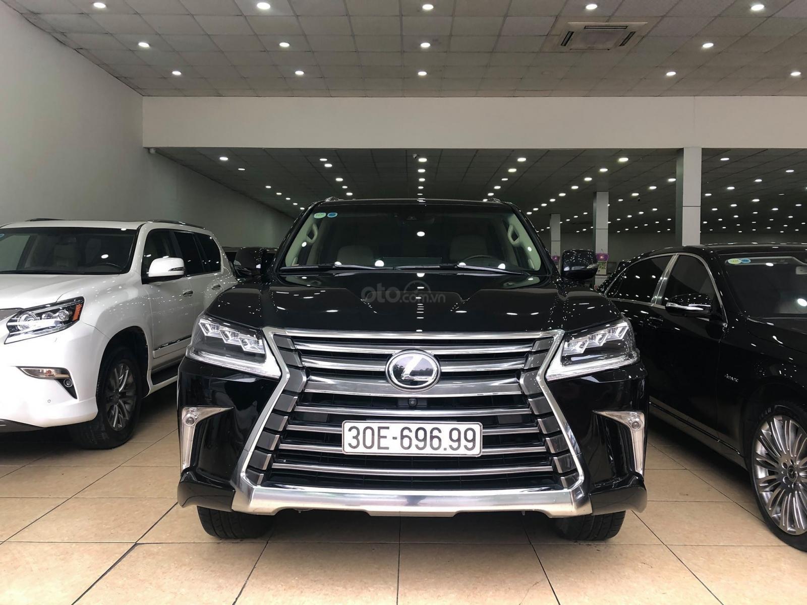 Bán Lexus Lx570 xuất Mỹ đăng ký lần đầu 2016 tên cá nhân (2)