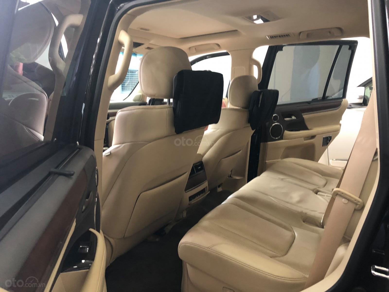Bán Lexus Lx570 xuất Mỹ đăng ký lần đầu 2016 tên cá nhân (10)