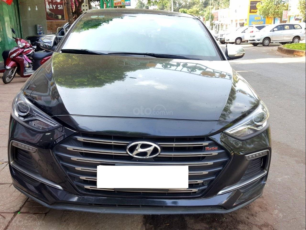 Hãng bán Hyundai Elantra Tubor 1.6AT, màu đen vip, 2018, xe cực đẹp (1)