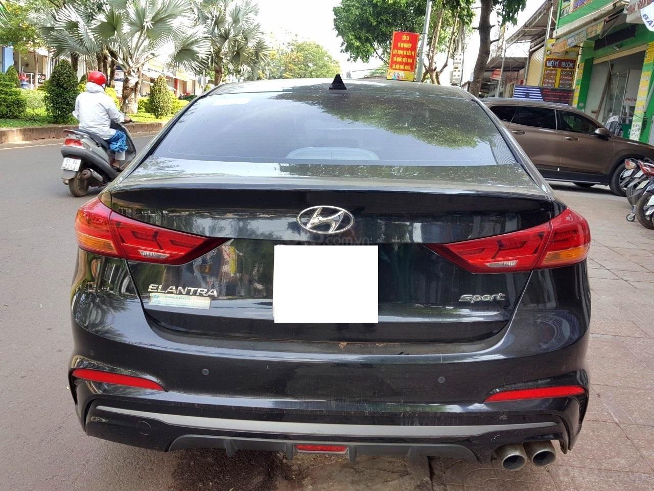 Hãng bán Hyundai Elantra Tubor 1.6AT, màu đen vip, 2018, xe cực đẹp (2)