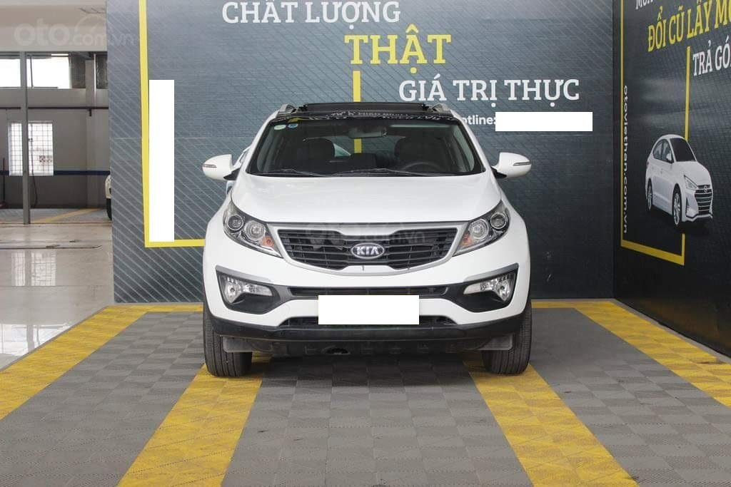 Hãng bán Kia Sportage Limited 2.0AT, màu trắng, nhập Hàn, biển Sài Gòn (1)