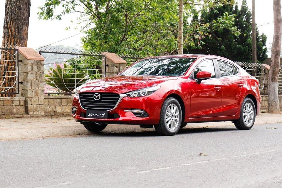 Bán Mazda 3 giá từ 657tr, đủ màu, giao xe ngay, tặng gói bảo dưỡng 3 năm miễn phí (2)