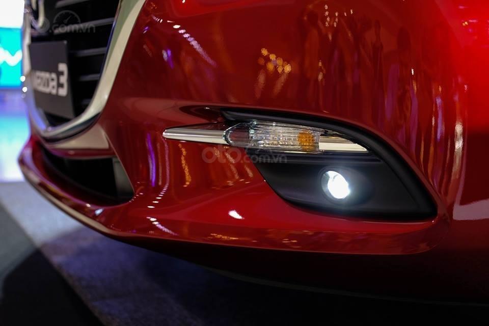 Bán Mazda 3 giá từ 657tr, đủ màu, giao xe ngay, tặng gói bảo dưỡng 3 năm miễn phí (9)