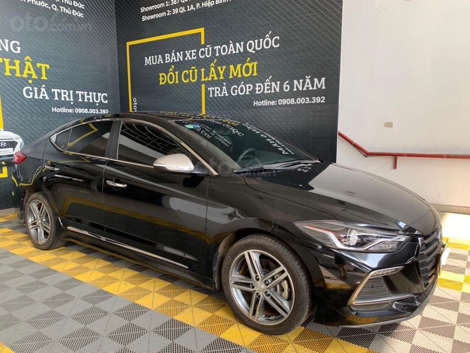 Bán xe Hyundai Elantra Turbo Sport đời 2018, màu đen, giá 668tr (2)