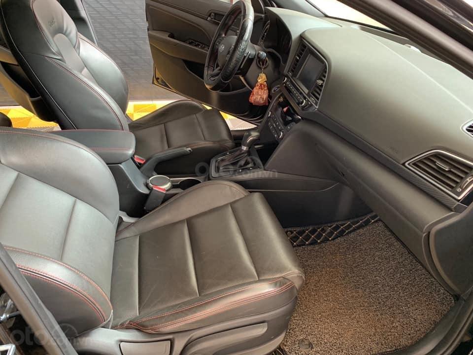 Bán xe Hyundai Elantra Turbo Sport đời 2018, màu đen, giá 668tr (10)