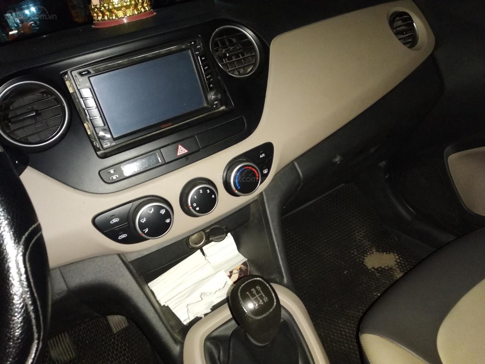 Bán Hyundai Grand i10 1.0 MT Base đời 2016, màu trắng, xe nhập Ấn (3)