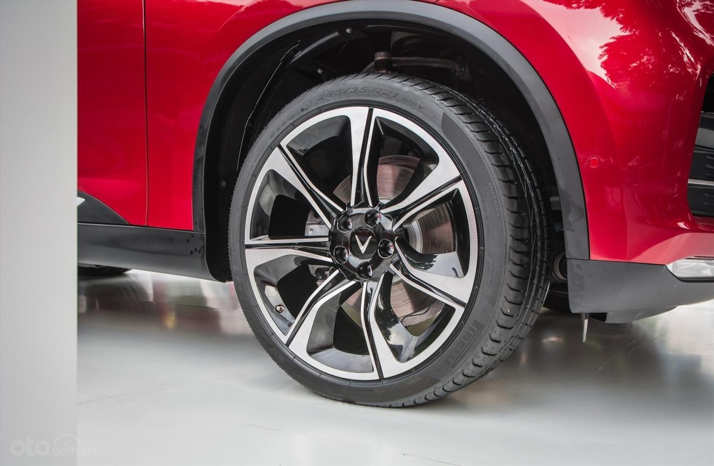 Nhượng lại VinFast LUX SA2.0 D Premium Full Option đời 2019, màu đỏ giá 50 triệu liên hệ Mr Tâm 0946167629 (3)