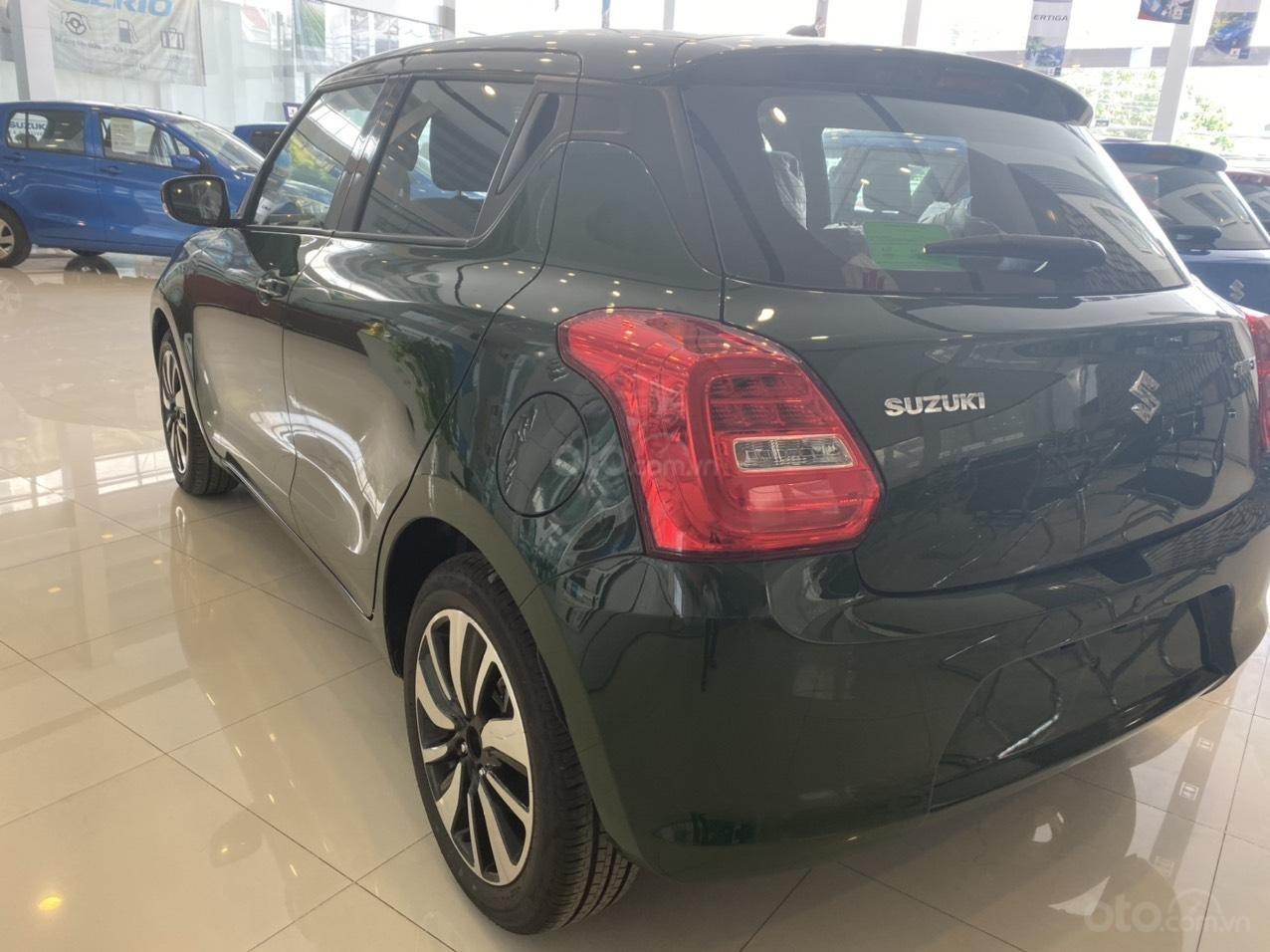 Suzuki Swift giá sốc đủ màu giao ngay, chỉ cần 100 triệu nhận xe (4)