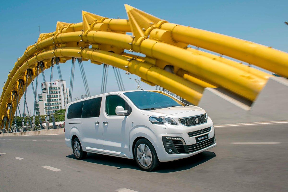 Peugeot Traveller 2019 giảm 50 triệu đồng tại Việt Nam a2