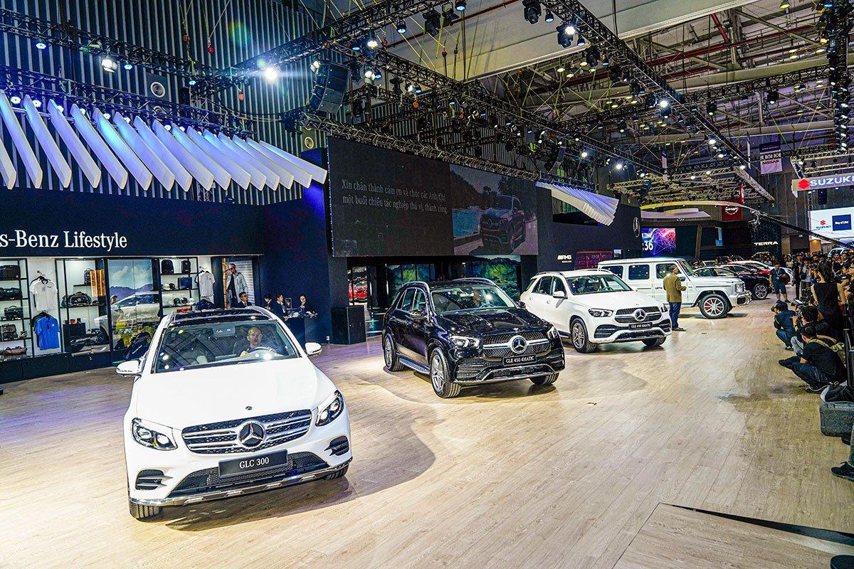 """[VMS 2019] Gian hàng Mercedes-Benz: GLE 450 4MATIC và Mercedes-AMG G 63 """"chiếm sóng""""! a1"""
