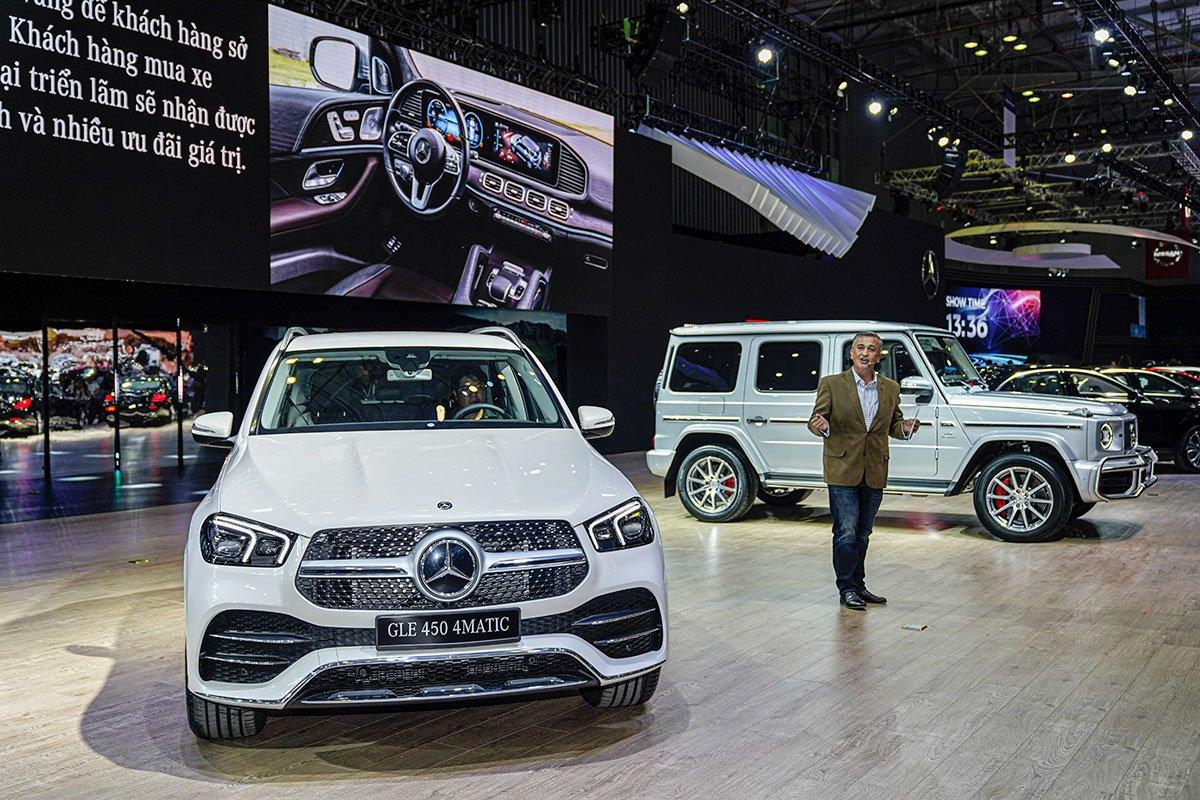 """[VMS 2019] Gian hàng Mercedes-Benz: GLE 450 4MATIC và Mercedes-AMG G 63 """"chiếm sóng""""! a2"""