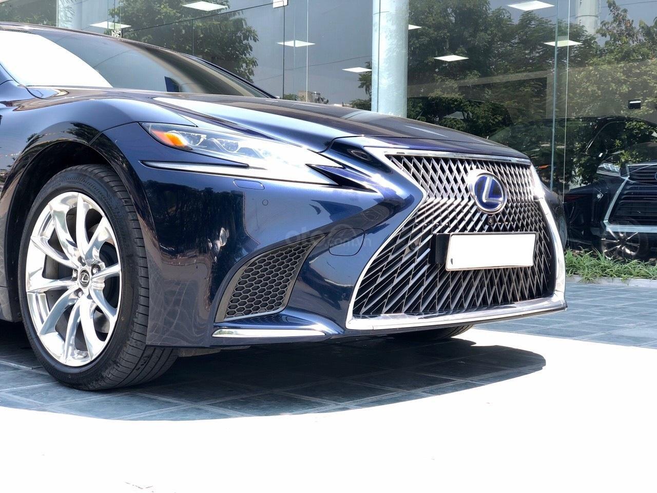 Bán xe Lexus LS 500H 2017, màu xanh lam, giá tốt giao ngay toàn quốc, LH Ngọc Vy 093.996.2368 (7)