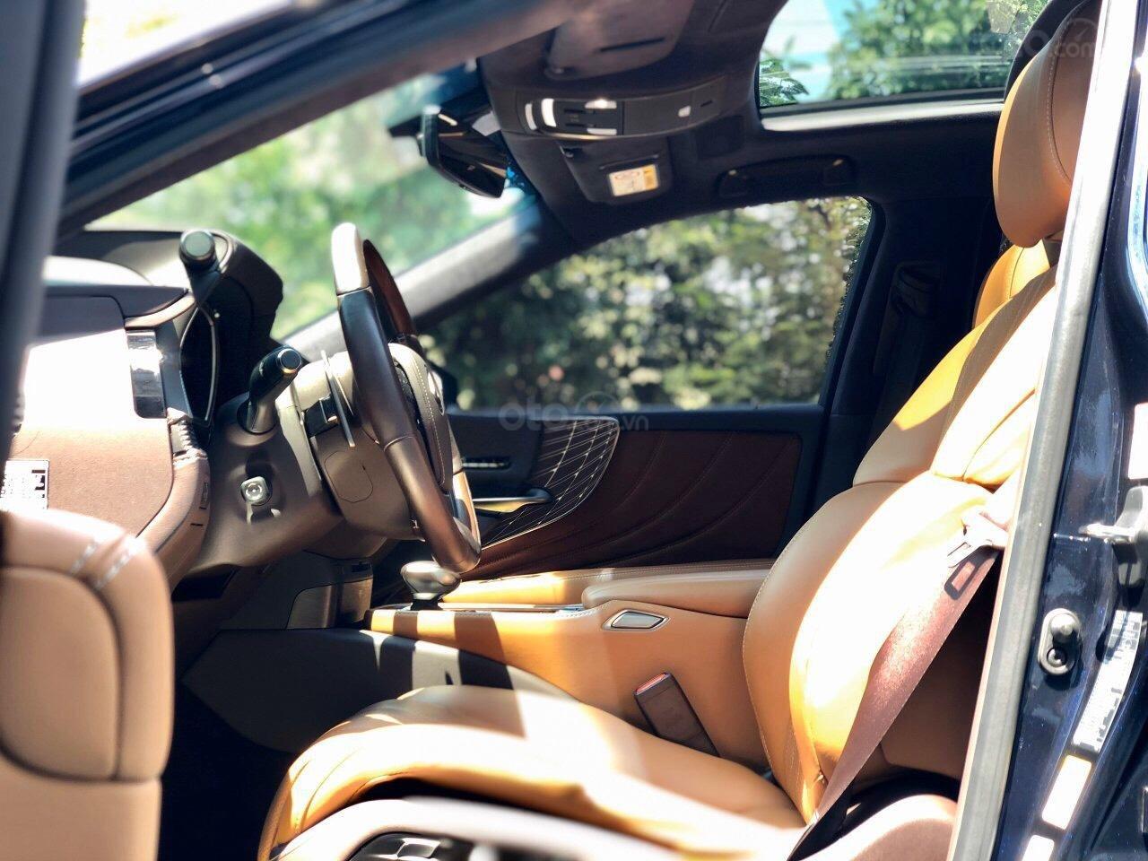 Bán xe Lexus LS 500H 2017, màu xanh lam, giá tốt giao ngay toàn quốc, LH Ngọc Vy 093.996.2368 (13)