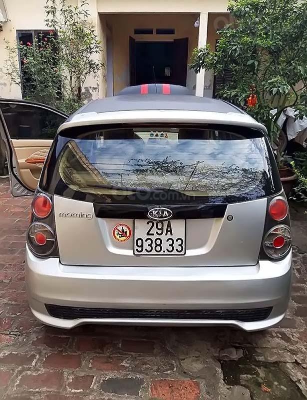 Cần bán Kia Morning 2009, màu bạc số sàn xe còn mới lắm (2)