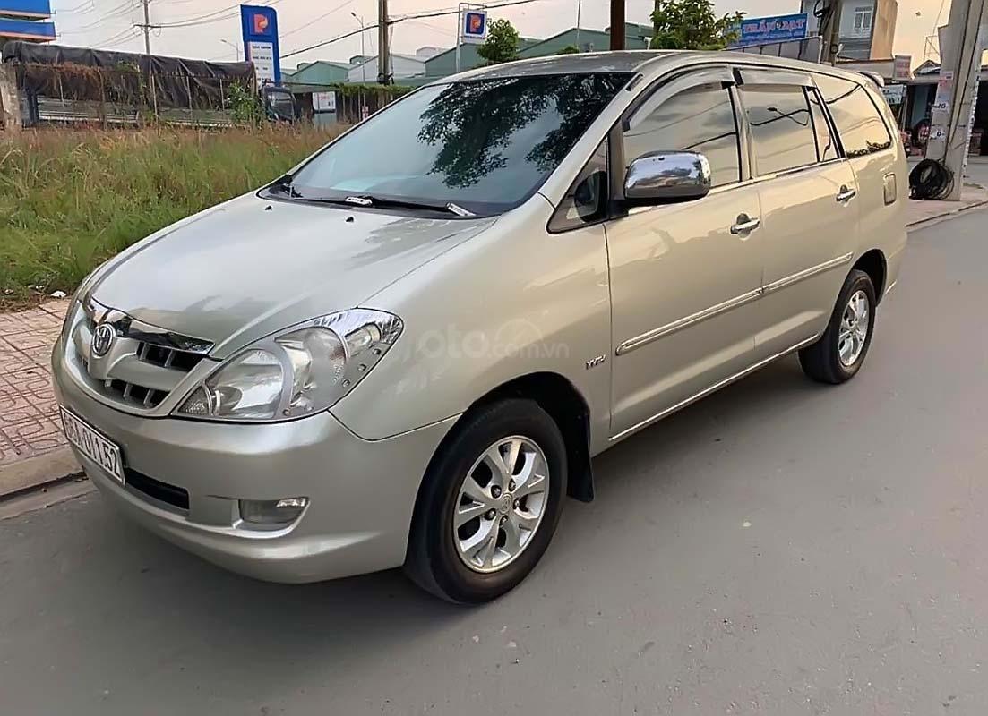 Bán Toyota Innova G đời 2008, màu bạc (1)